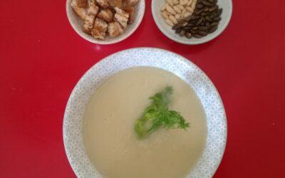 Crema de bulbo de hinojo y chirivías  – cena